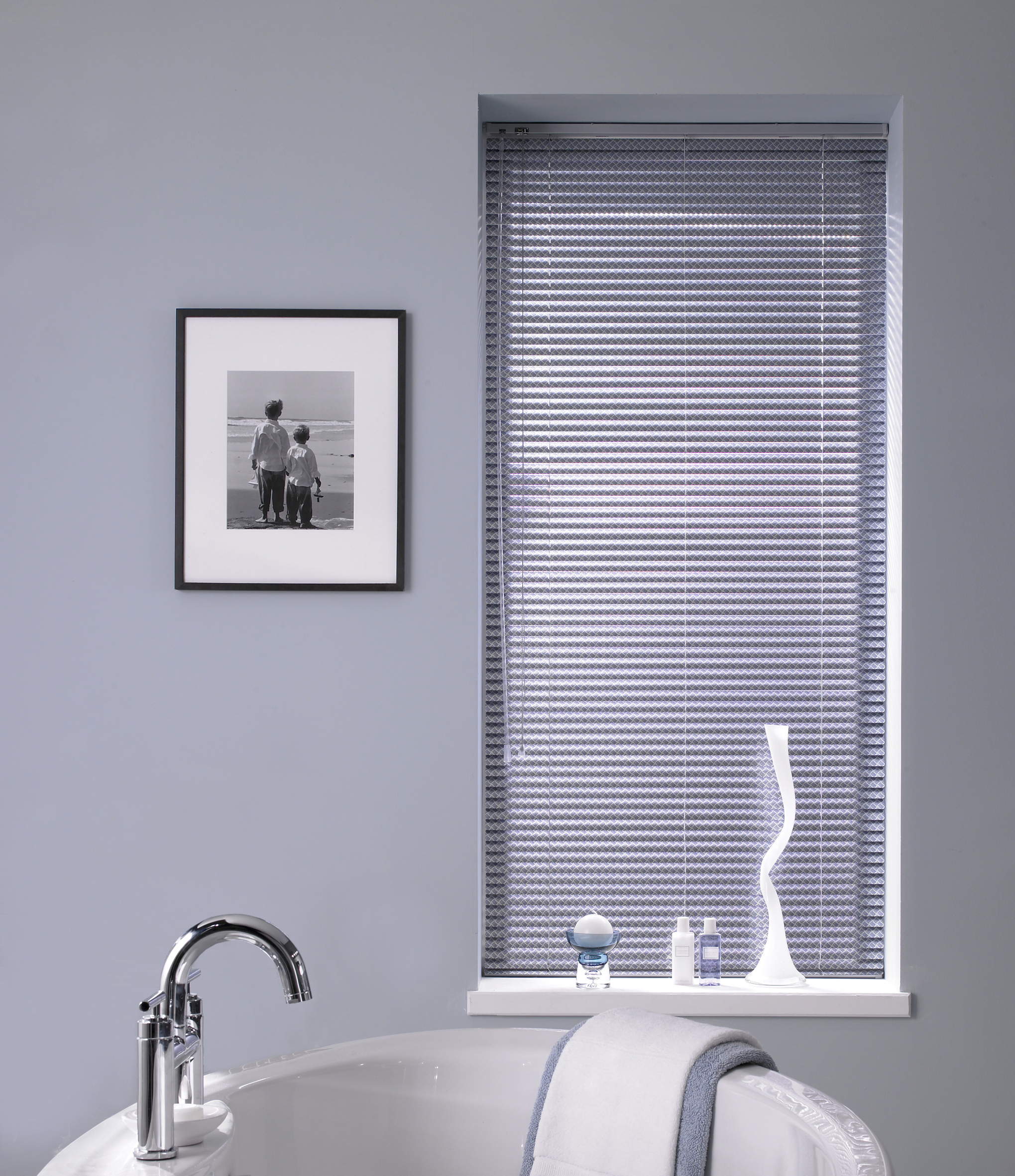Cheap bathroom blinds uk - Which Blinds Are Best For Bathrooms