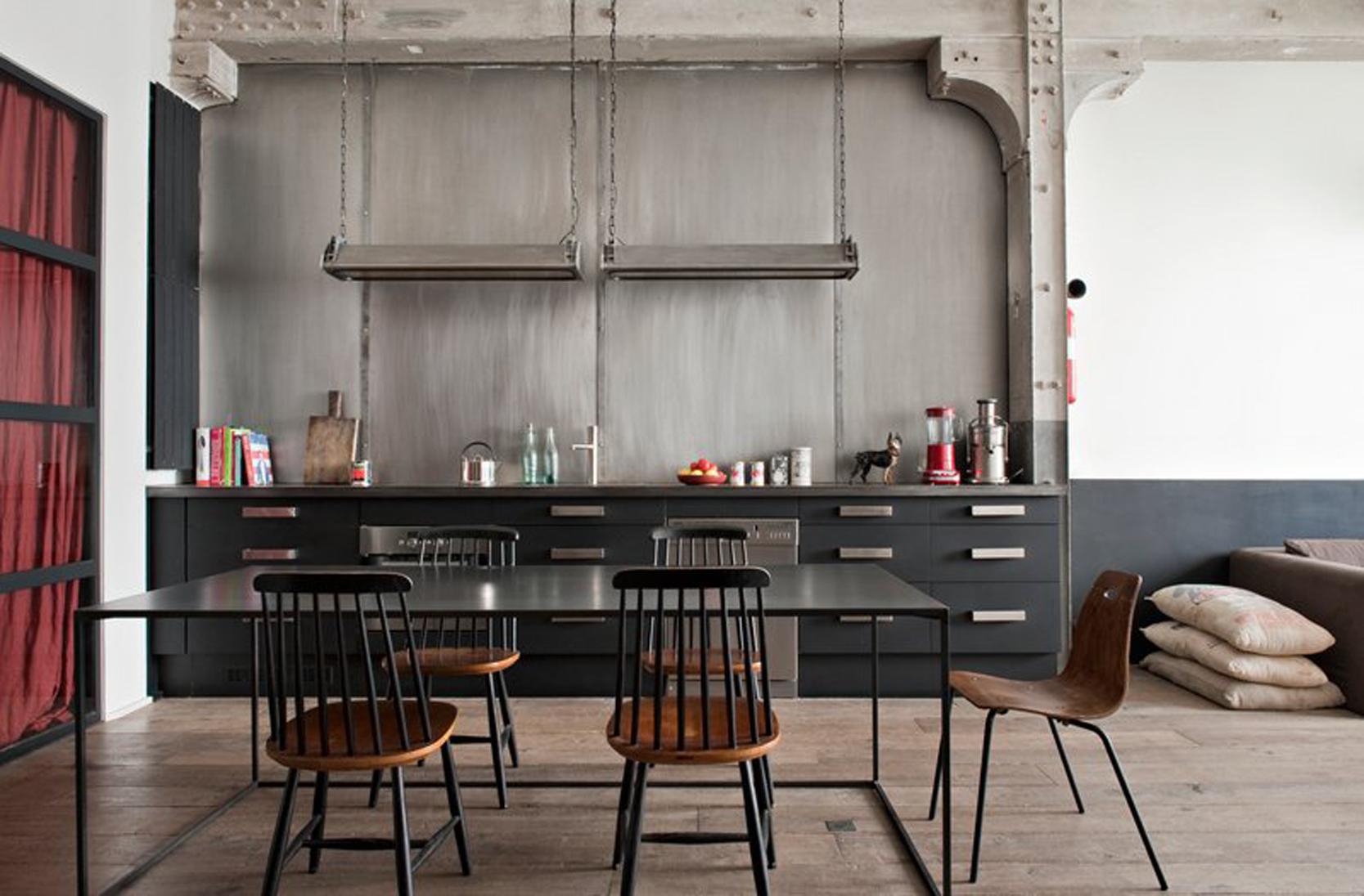 delightful-industrial-apartment-in-belleville-industrial-chic-kitchen