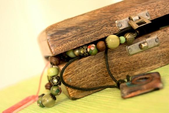 jewellery-20625_1920